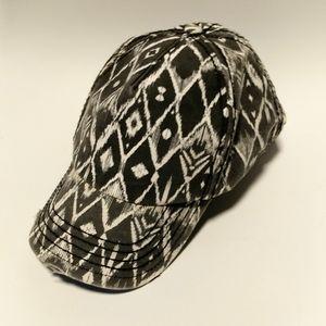 Billabong distressed hat